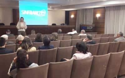 Sinfranco realiza assembleia para discutir salários